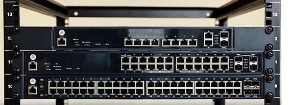 open-mesh-s8-ethernet-switch