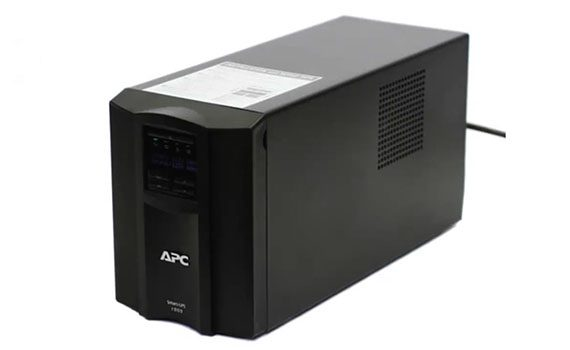 apc-smart-ups-smt1500  - apc smart ups smt1500 ups 4 570x350 - The Best UPS (Uninterruptible Power Supplies) of 2018 – MBReviews