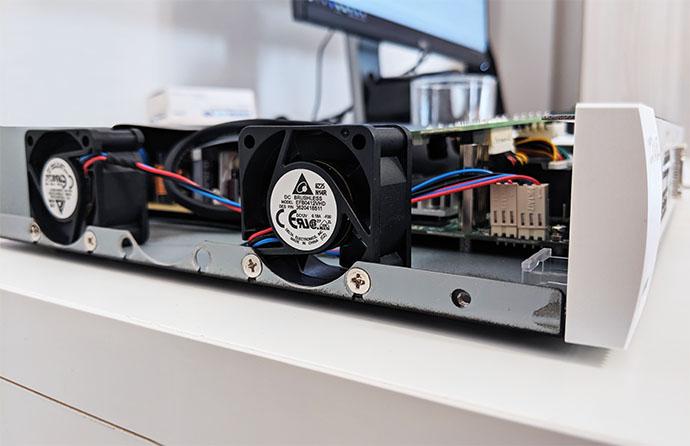zyxel-nsw100-10p-switch