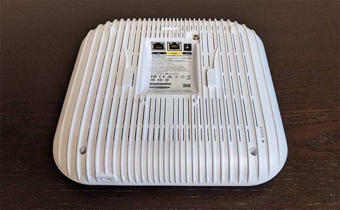 zyxel-wax650s-ports