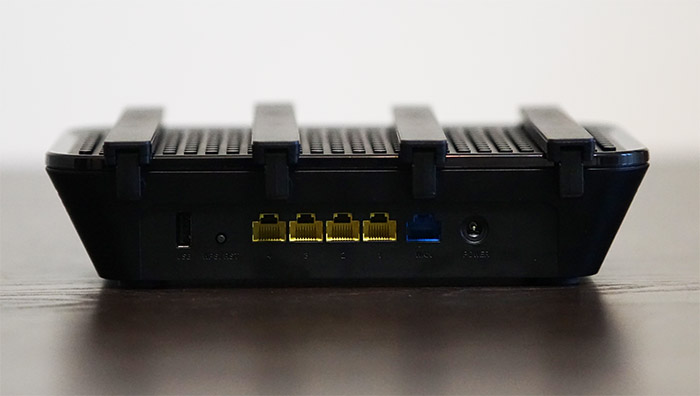 rock-space-ac2100-ports