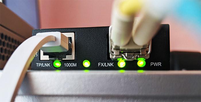 fs-mini-media-converter-leds