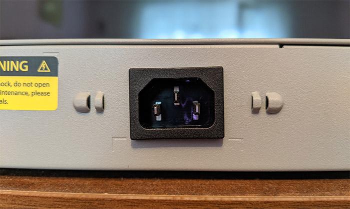 fs-s3410-10tf-p-power-port